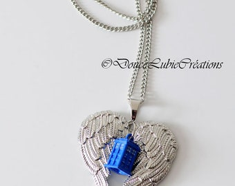 Dr Who themed Tardis necklace