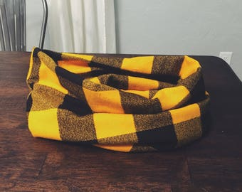 FLANNEL INFINITY SCARF, black and gold buffalo check