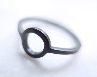 Oxidized Black Sterling Silver Open Circle Minimalist Ring, Square Wire, Everyday Geometric Ring