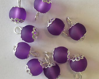 5 pendants 8mm purple frosted glass beads