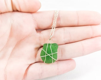 Green sea glass necklace / wire wrapped seaglass necklace / natural sea glass jewelry / beach glass necklace