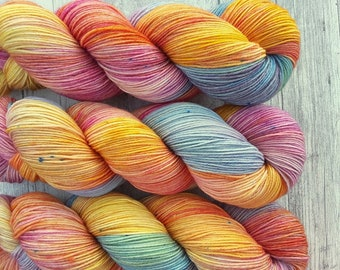 Spring Dream-Maia, 100% merino Superwash-400 m/100g-hand dyed yarn