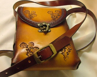 """Handmade Leather Cross body """"on the go"""" shoulder Bag. Adjustable Strap.  Product No.-  BP 1004"""