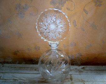 Perfumer Crystal, pinwheel, Crystal, perfumer accessory beauty, divinelolavintage, perfumer anne 60 perfumer vintage