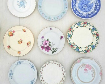 4 Dinner plates, vintage plates, vintage crockery, mismatch China, mismatch crockery, wedding China, wedding crockery, bulk plates, teaparty
