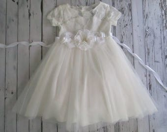 White flower girl dress,White lace dress,Bridesmaid,Long white lace dress,Birthday,Communion,Wedding, Holiday,Party, White tulle dress