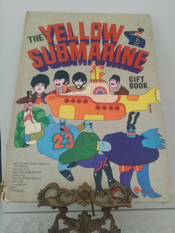vintage the yellow submarine gift book hard cover. Black Bedroom Furniture Sets. Home Design Ideas