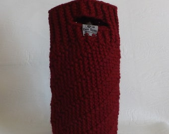 Red Diagonal Stripe Wine Cozy Carrier