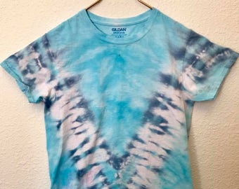Sky Blue and Navy Blue V Tie Dye T-Shirt, Adult Size Small