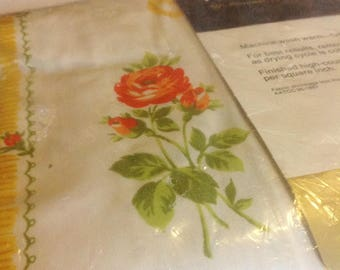 Vintage Fitted Sheet Twin Floral