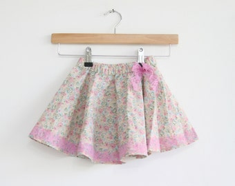 Vintage girls skirt age 2-3 yearss, floral pink with lacy bow skirt