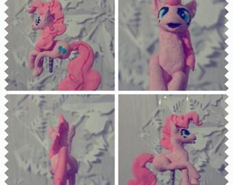 Pinkie pie phone plug