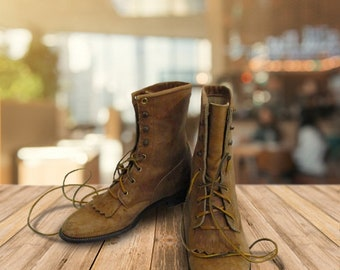 Vintage Justin Roper Lace Up Western Boot. Women's size 7