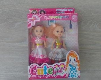Set of 2 cute girl Toy Dolls