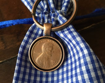 1977 Penny Keychain - Antique Copper