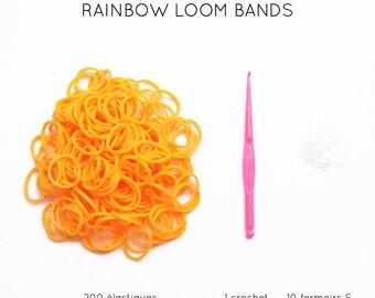 200 orange elastic + 10 clasps S + 1 crochet rainbow loom bands