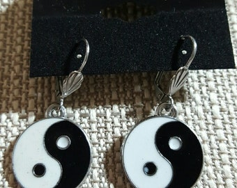 Pewter Ying Yang dangle earrings on surgical steel lever backs ear wires hypoallergenic.
