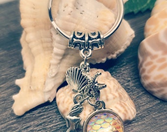 Light Gold Mermaid Scale Key Ring/ Zipper Charm