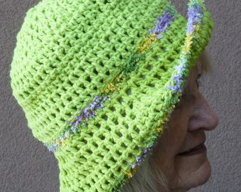 Women's chemo hat in green, boho hat with a brim, women's head fashions, original handcrafted comfortable crochet hat, free shipping USA
