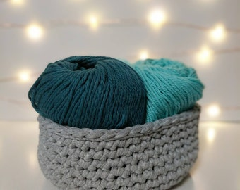 Medium Gray Crocheted Basket, T-Shirt Yarn Basket, Crocheted Home Decor, Desk Basket, Crocheted Storage and Organization
