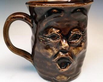 Funny Face Mug grès fait à la main