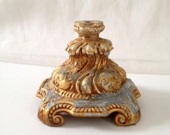 Collin de pied de lampe, beau Design fleuri, Vintage, peinture or feuilletée, shabby, laissant apparaître nu coulée en métal, rouillé en dessous, projet de pièce