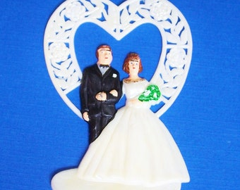 """Wedding Cake Plaque Topper Lay On Decorations 2 1/8""""wide 3"""" tall Plastic"""