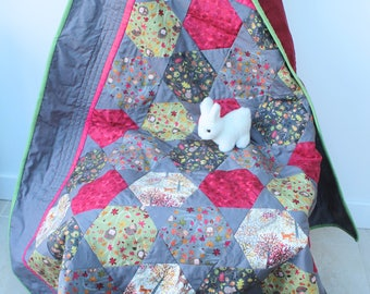 woodland sofa quilt,animal throw,baby quilt,hedgehogs,foxes,deer,mice,hexagon patchwork,baby shower,parent and toddler blanket,wallhanging