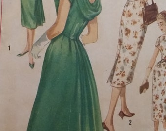 Vintage Simplicity 2411 Sewing Pattern One-Piece Dress Size 12 Bust 32