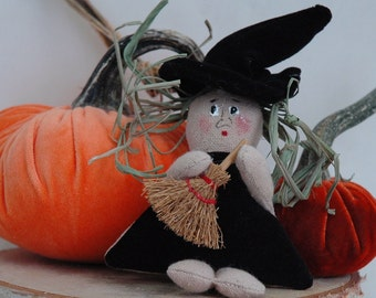 Folk Art Mini Witch with Broom (MINI-WITCH-BROOM)