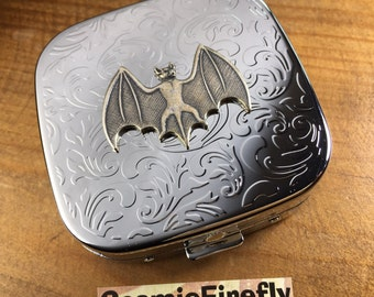 Silver Bat Pill Case Bat Symbol Pill Box Steampunk Mirror Shiny Silver Plated Metal Pill Case Gothic Victorian Steampunk Accessories NEW