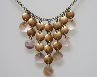 Necklace Pearl and bronze breastplate
