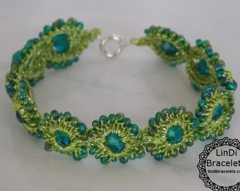 Green Handmade Crochet Bracelet with Beads, Beaded Bracelet, Crochet Jewelry, Perfect Gift For Her, Handmade Cuff Bracelet