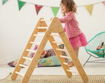 Foldable Pikler Triangle medium size  / Climbing triangle for toddlers / Made to order