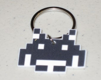Space Invaders 8 bit  - Keychain, Charm, Necklace, Earrings, Stickers, Tattoos, Embroidered Patch, Magnets