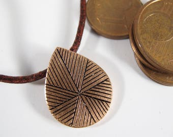 "Pendant ""swirl"" engraved raw copper patinated, knotted tie choice"