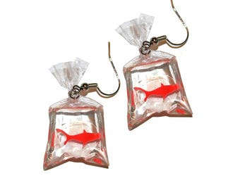 Goldfish Earrings - circus prize vintage inspired kitschy kitsch goldfish earrings fish collector kids toy miniature earrings fair prize