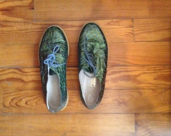Vintage green shoes