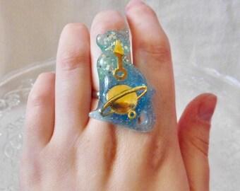 Modern cat ring