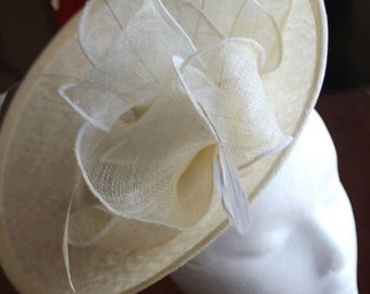 Ivory Percher Fascinator with Oyster and Cream Sculptural Details