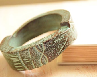 Brown and Verdigris Green Carved Wood Bangle