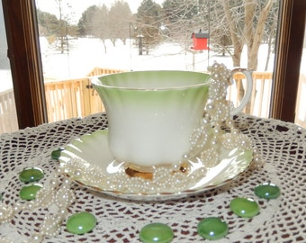 "Royal Albert Green ""Rainbow"" Bone China Teacup and Saucer with Gold Gild made in England"