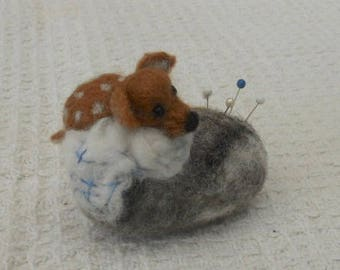 Deer on pebble, Easter gift, mothers day, felted pincushion, Needle Felted deer, needles and pins, Christmas Gift, Nature Table, home decor