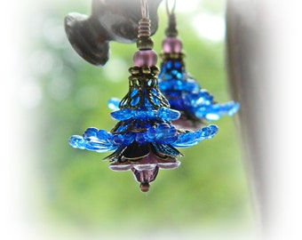 Blaue Blume Ohrringe, blaue böhmischen Ohrringe, Boho Blume baumelt, Hippie-Gypsy-Boho Schmuck, Chionodoxa Ohrringe, Geschenk für Gärtner