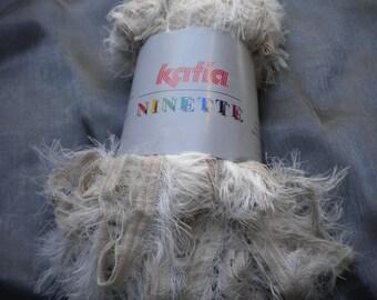 1 ball of katia 100gr ecru white acrylic, polyamide yarn for a scarf of 170cm