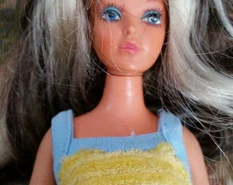 Vintage Ideal Tuesday Taylor Doll Blonde and Brunette 1975 Jordache Jeans and Top As Is
