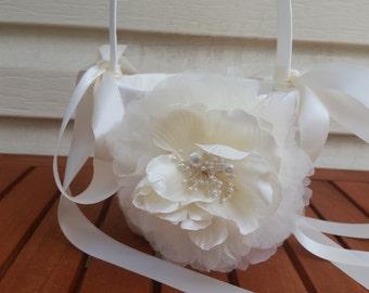 SALE - Wedding Flower Basket, Flower Girl Basket, Flower Basket  - Style BKF103