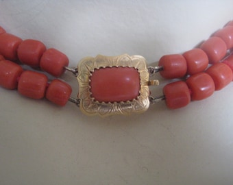 Reserved coral tomatoes-red coral. Antique necklace with golden Lock, Mediterranean coral untreated