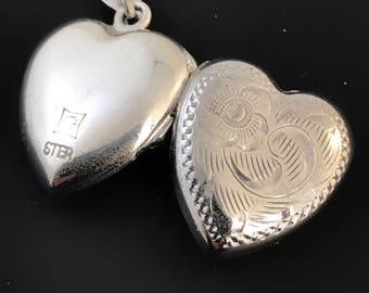 Sterling Silver Heart Locket Necklace. Heart Pendant. Girlfriend jewelry. For Her. Vintage Locket 925 No.001945