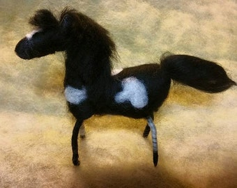 Felted Horse Ornament, Christmas Tree Ornament. Felted Animals, Holiday Decorations. Home Decor